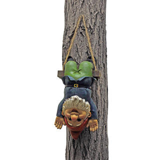 Alfie the Acrobat, Swinging Gnome statue